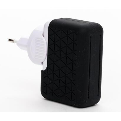 cargador-bluestork-universal-sin-cable-4-puertos-usb-21a-negro